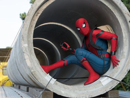 Crítica: 'Homem-Aranha: De Volta ao Lar' diverte, mas não supera anteriores
