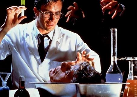 5 filmes de terror 'trash' de 1985 que você precisa assistir