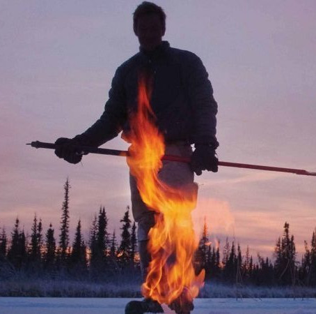 Crítica: 'Gelo em Chamas' enaltece  ciência na era de terraplanistas