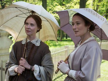 'Além das Palavras' explora a vida e reclusão de Emily Dickinson