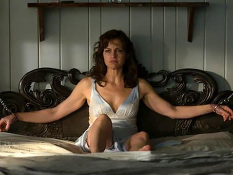 Crítica: 'Jogo Perigoso', da Netflix, capta essência de Stephen King