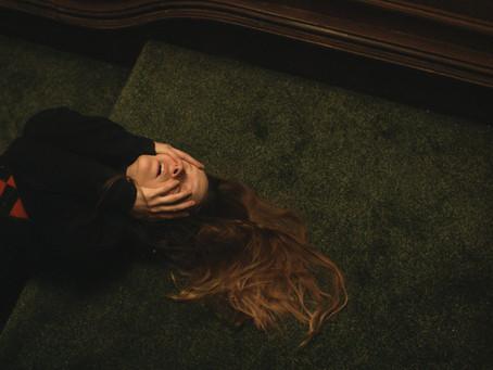 Crítica: 'Saint Maud' é terror provocativo sobre fanatismo religioso