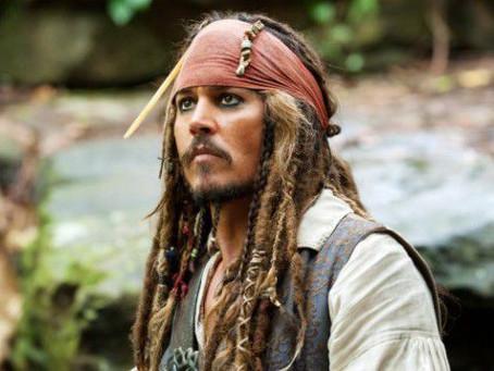 Relembre todos os filmes da franquia 'Piratas do Caribe'
