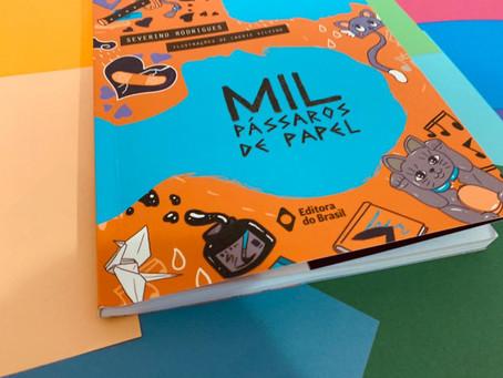 Resenha: 'Mil Pássaros de Papel' é interessante e didático livro juvenil