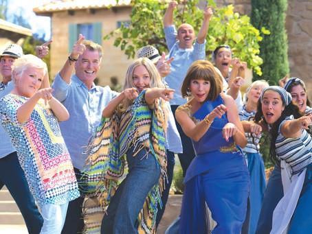 Crítica: 'Mamma Mia! Lá Vamos Nós de Novo' consegue ser superior ao anterior