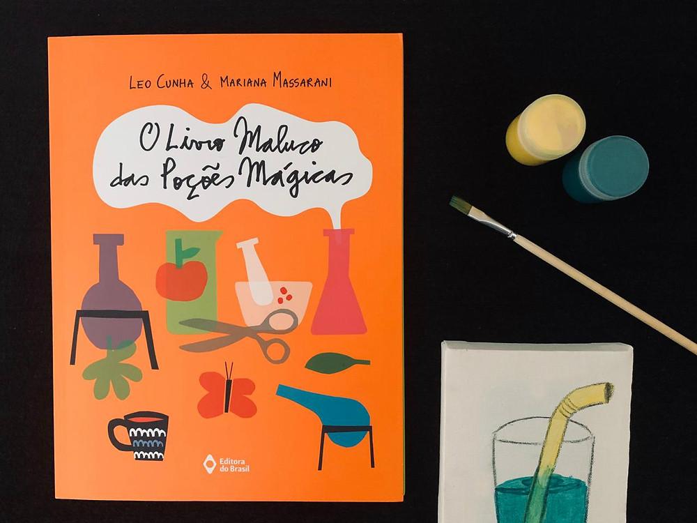 Além do livro, recebemos um kit de pintura; o resultado comprova que não somos profissionais!