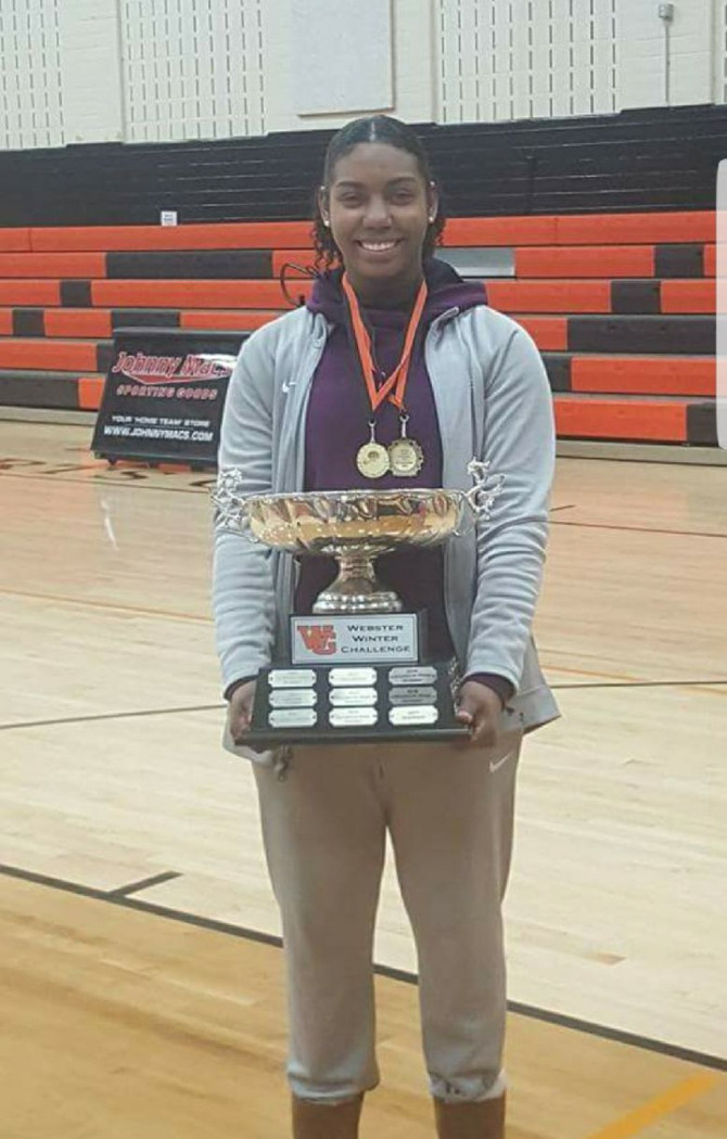 IWA's Nakayla Jackson-Morris earns MVP honors in the Webster Winter Challenge