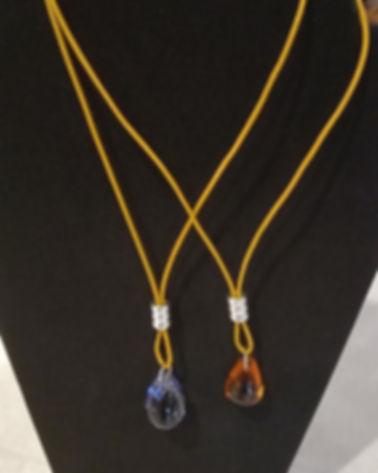 Collier cuir couleur moutarde, 3 anneaux