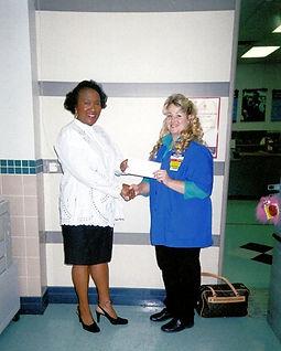 W1al-MartPresentsGrantCheck.jpg