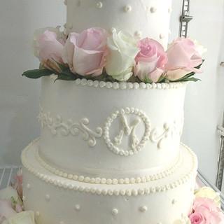 Custom Fresh Flower Wedding Cake