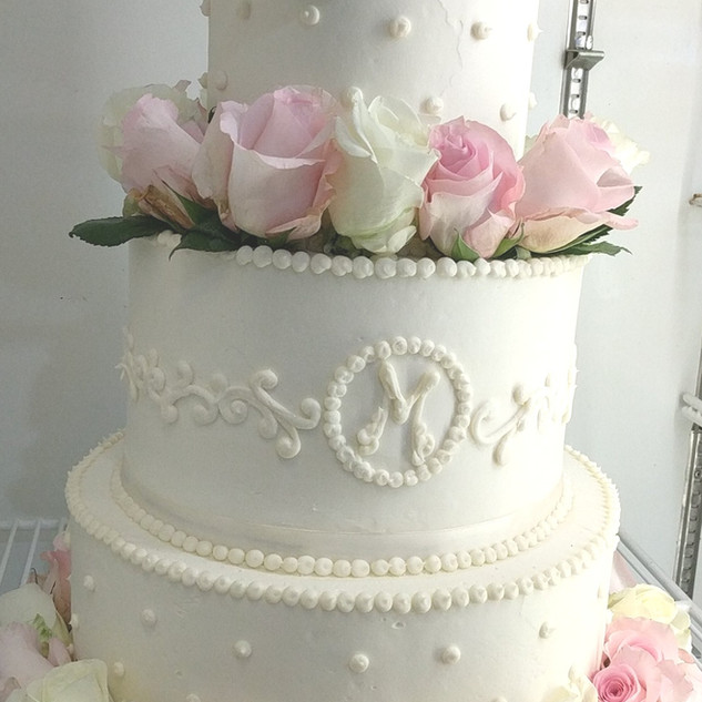 Custom Fresh Flower Wedding Cake