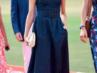 10 looks cheios de trends da Meghan Markle
