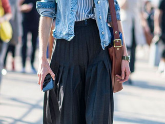 7 looks com a mesma peça: jaqueta jeans