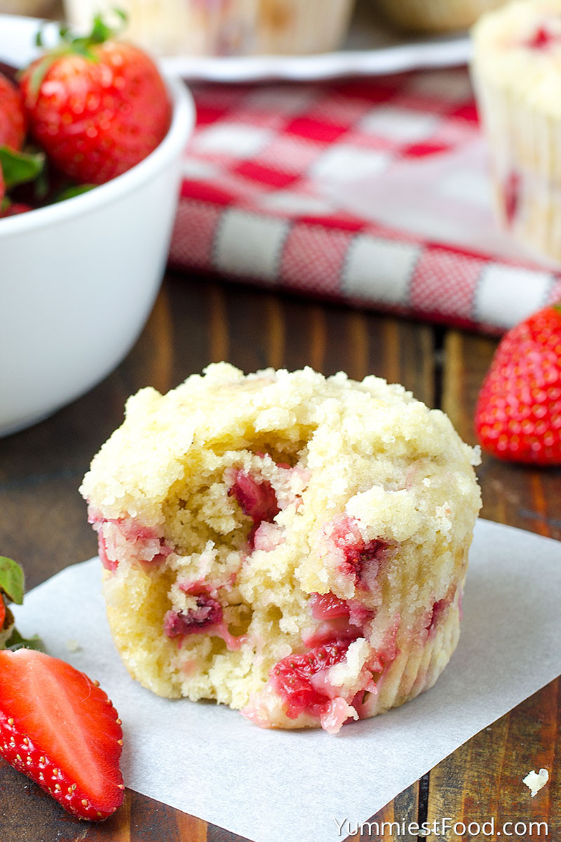 strawberry coffee muffins