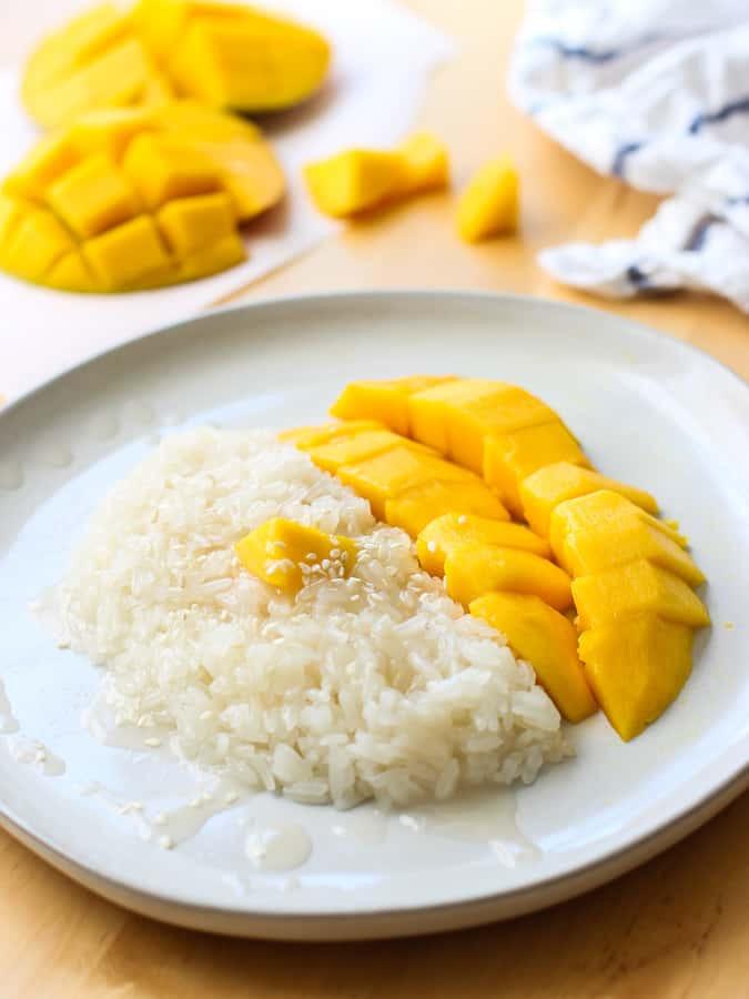 Thai Mango Sweet Coconut Sticky Rice
