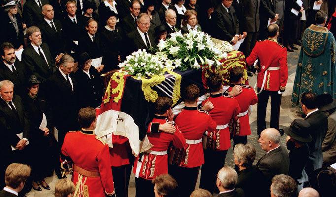 diana-funeral-westminster-abbey-princess-diana-21530005-682-400