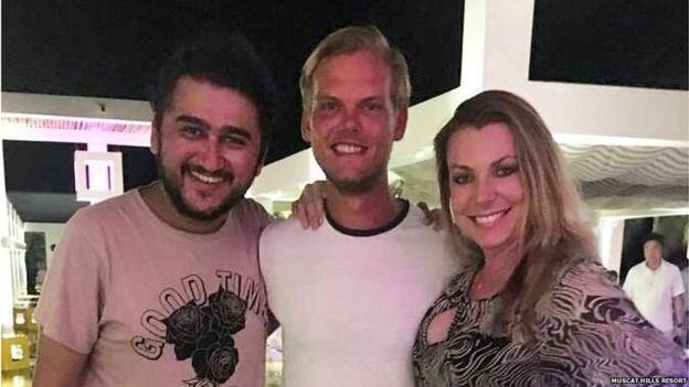 One of the last pictures of Avicii (centre), at a tourist resort near Muscat