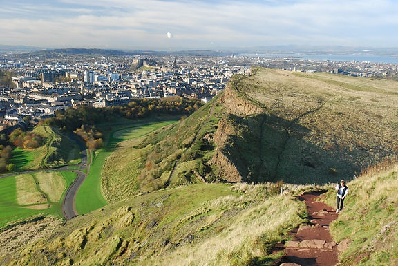 Count Down Free Things to Do in Edinburgh