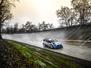 LAPPI FIGHTS FOR MONZA LEAD
