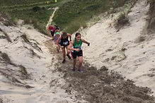 Hayle Runners fight the 'big dune'