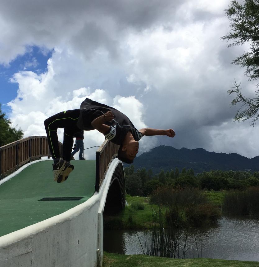 Defying Gravity, grupo de parkour originario de San Cristobal de las Casas, Chiapas