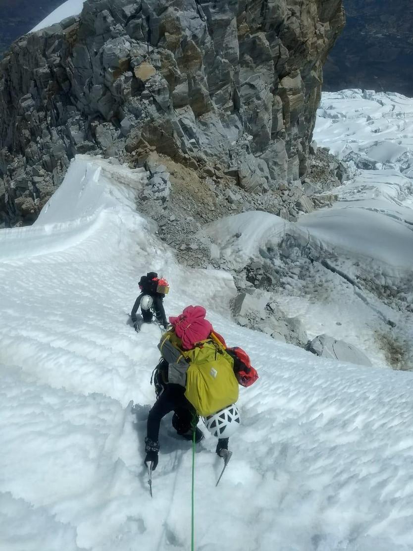 Se fue solo a los Andes y subió la montaña más alta de Perú