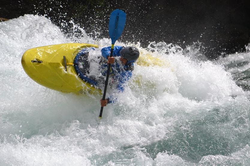 Carlos Castillo, la vida de kayakista extremo