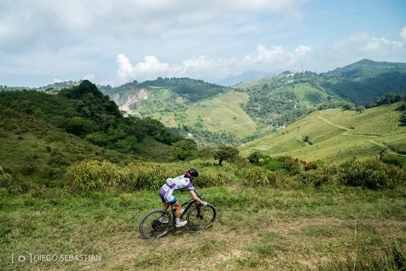 Crónica de una extenuante carrera de ciclismo de montaña, los 100 kilómetros de Xicote Bike