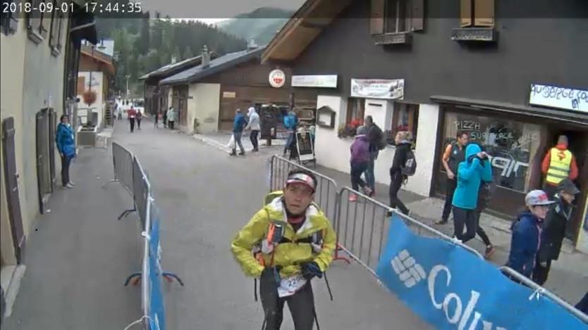 Corrió sin parar durante 40 horas y recorrió 171 kilómetros por los Alpes, entrevista con Maurico Ca