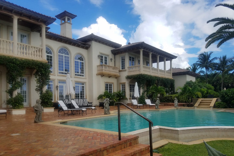 Blue Diamond Pressure Washing and Paver Sealer in jupiter and Palm beach Gardens