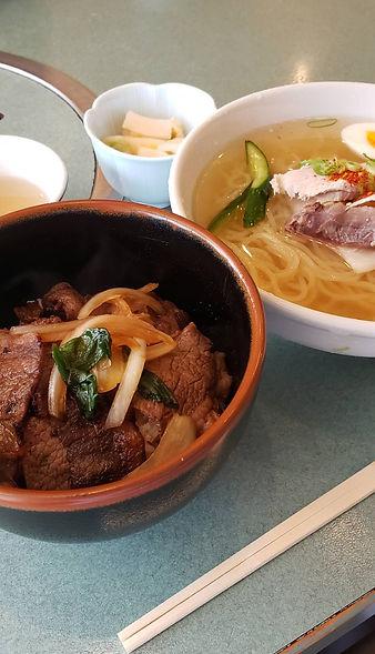 焼肉丼と冷麺.jpg