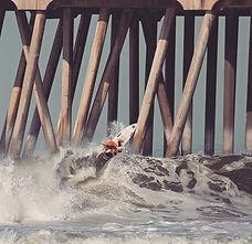丸山千朝サーフィン画像1