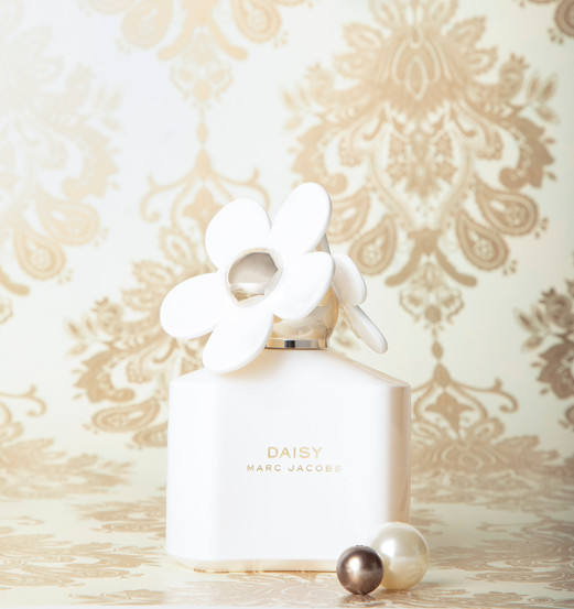 Emerson Scheerer Daisy by Marc Jacobs 2019