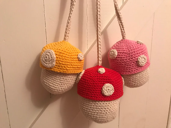Mushroom purse for little girls/crochet/handmade/small bag/purse