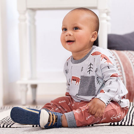 baby-boy-outfit-TL13PFXT.jpg