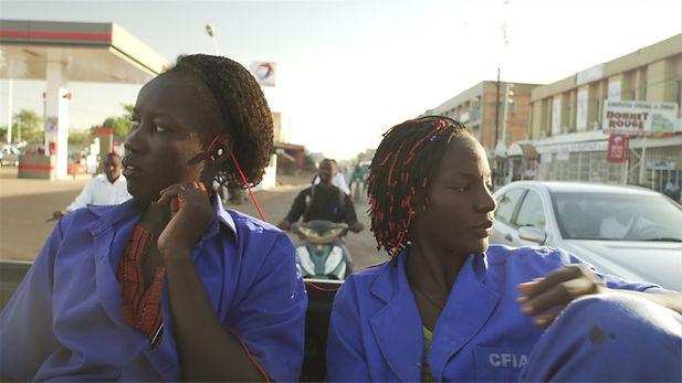 Ouaga_Internship_fotoMOMOMENTOFILM.jpg