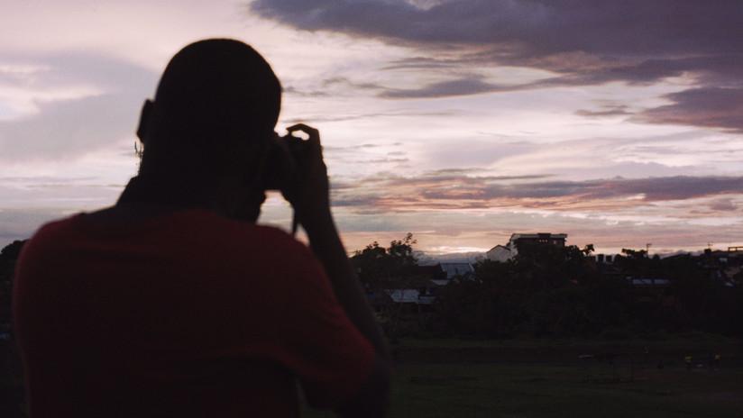 5-frame3_El_joven_de_la_cámara.jpg