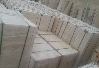 Egyptian marble tiles packed inside wooden pallets | Marmo Design for marble and granite