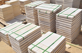 Egyptian marble tiles packing inside wooden bundles | Egyptian marble and granite Marmo Deisgn