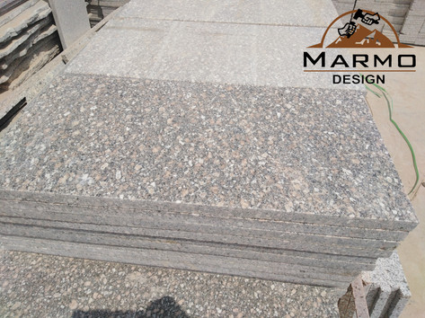 Gandola - Egyptian Granite