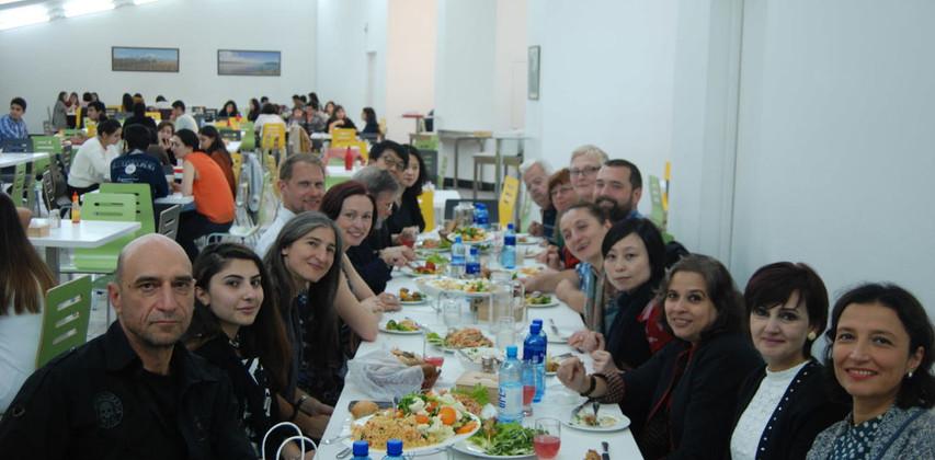 aua-lunch_1_orig.jpg