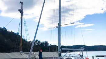 Delivering an HR44. A beautiful brand-new boat. Hallberg Rassy knows what they are doing in contempo