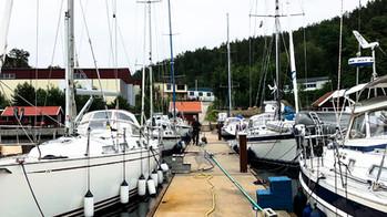 Full dock, boats ready for pickup