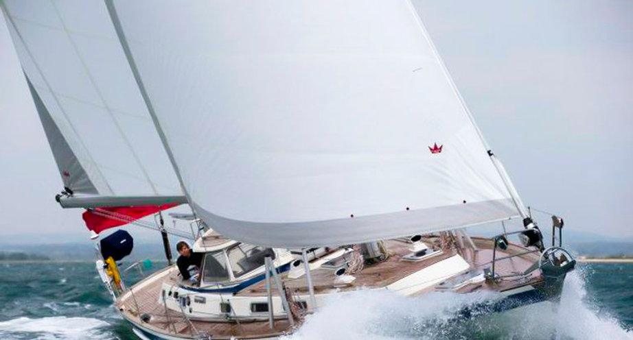 Refitted boat Hallberg Rassy 46.
