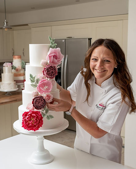 Pippa and wedding cake pink flowers