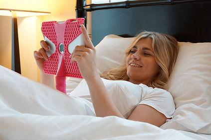 iPad 2 iPad 3 iPad 4 One handed iPad holder iPad case iPad accessories iPad holder Handle  iPad case