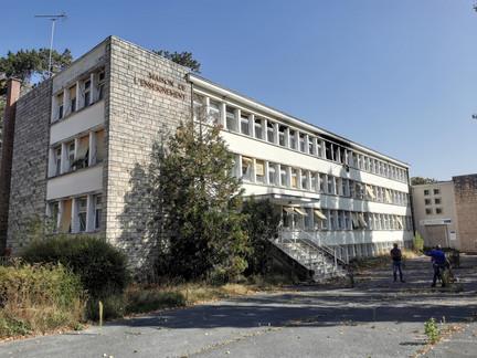 Réhabilitation d'un immeuble de bureaux en logement social et Pôle santé