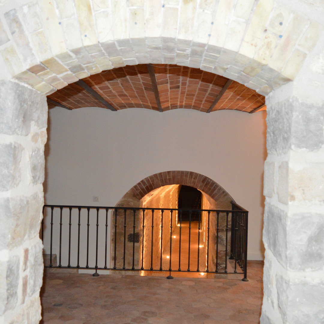 RENOVATION CAVES