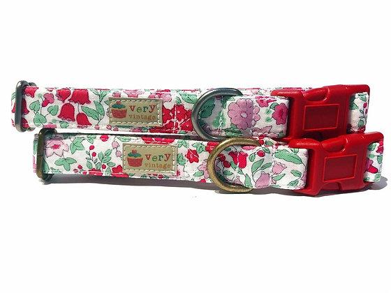Very Vintage In Bloom Collar