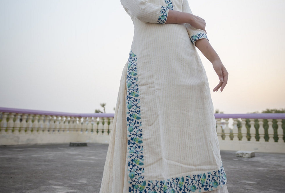 Off White And Turquoise Embroidered Kurta With Bottom